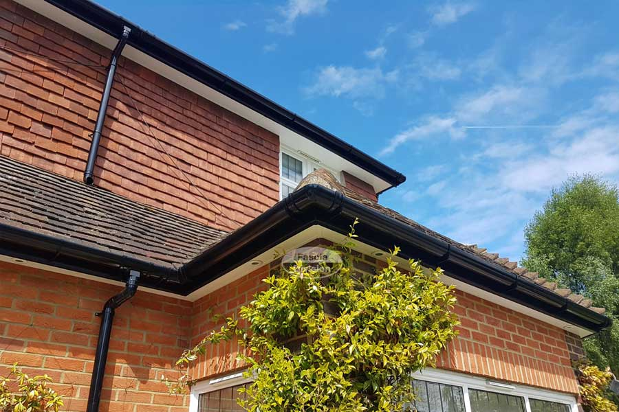 Gutter Cleaning Causeway Cleaning